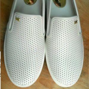 Michael Kors Shoes - Michael Kors Boerum Double Gore Lasered Slip On 6